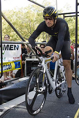 Lance Armstrong looking grumpy at the start of a TT