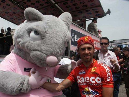 Ghiro, the first Giro Mascot